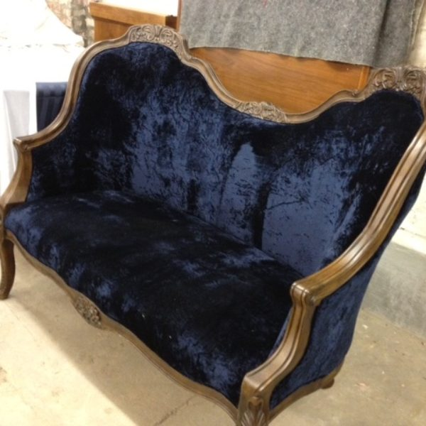 Loveseat brocade victorian blue