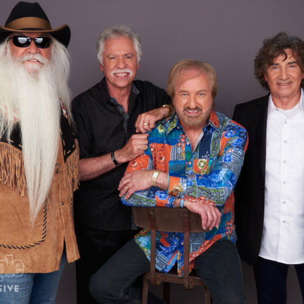 Furnishings -vi tage stool- Oak Ridge Boys